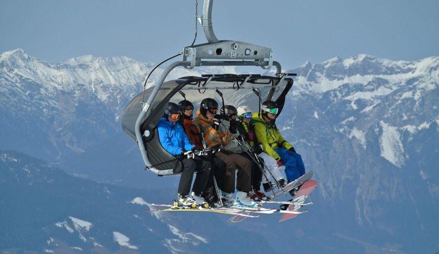 Najděte v zimním období zalíbení v adrenalinových sportech